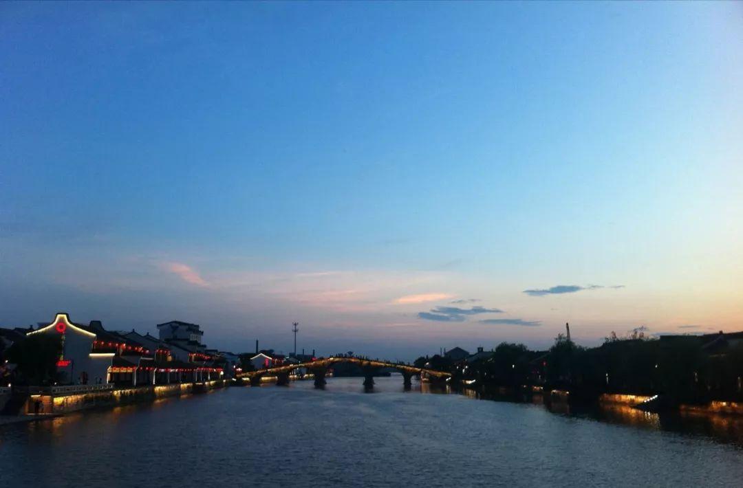 被誉为江南十大古镇之首的这一杭州古镇,你去过吗?图3