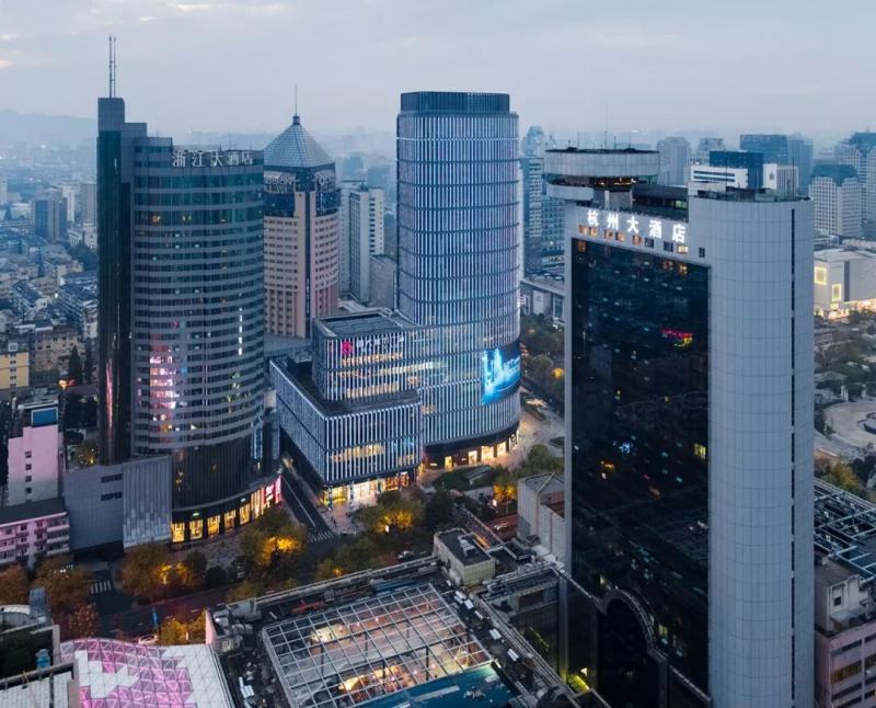 130米高,杭州新地标,圆角三角形的布局,纯净现代的立面图2