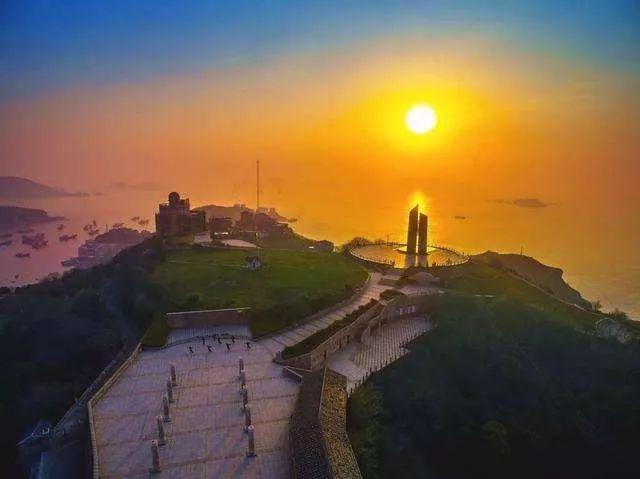 杭州周边竟然藏着一个马卡龙色渔村!