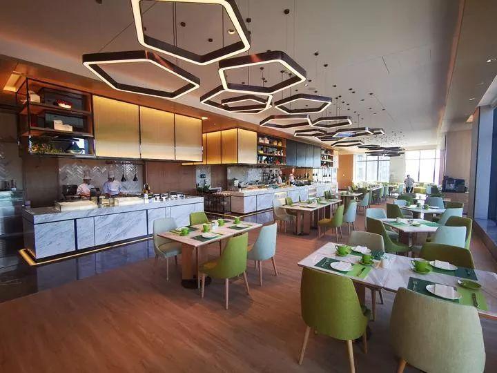 自在假日·欢乐启程 | 杭州龙湖滨江天街假日酒店盛大开幕