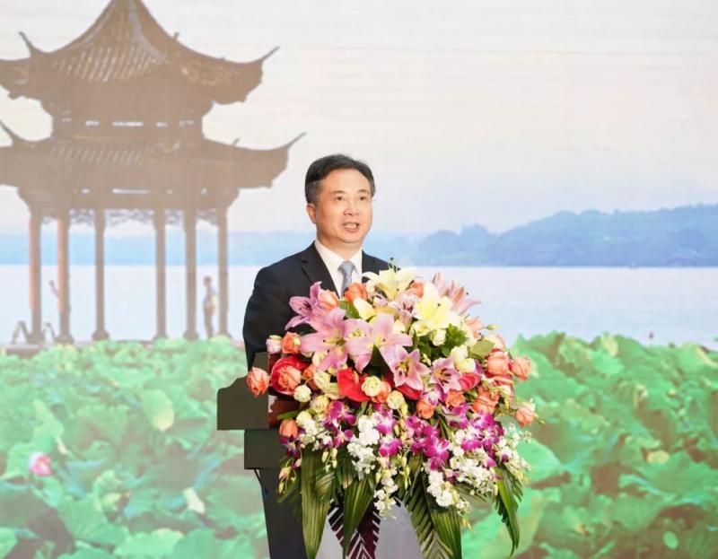 """连续13年!杭州蝉联""""中国最具幸福感城市"""",还捧回唯一奖项"""