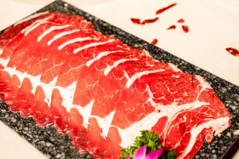 11月29日,哥老官龙湖金沙天街开业,全天菜品3.8折!