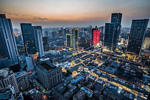 杭州房东熬不牢了:300万猛降至255万!