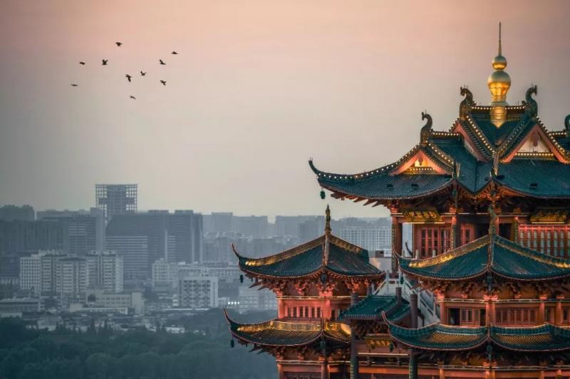杭州,这座以婉约秀美著称的江南古城正在冉冉升起~