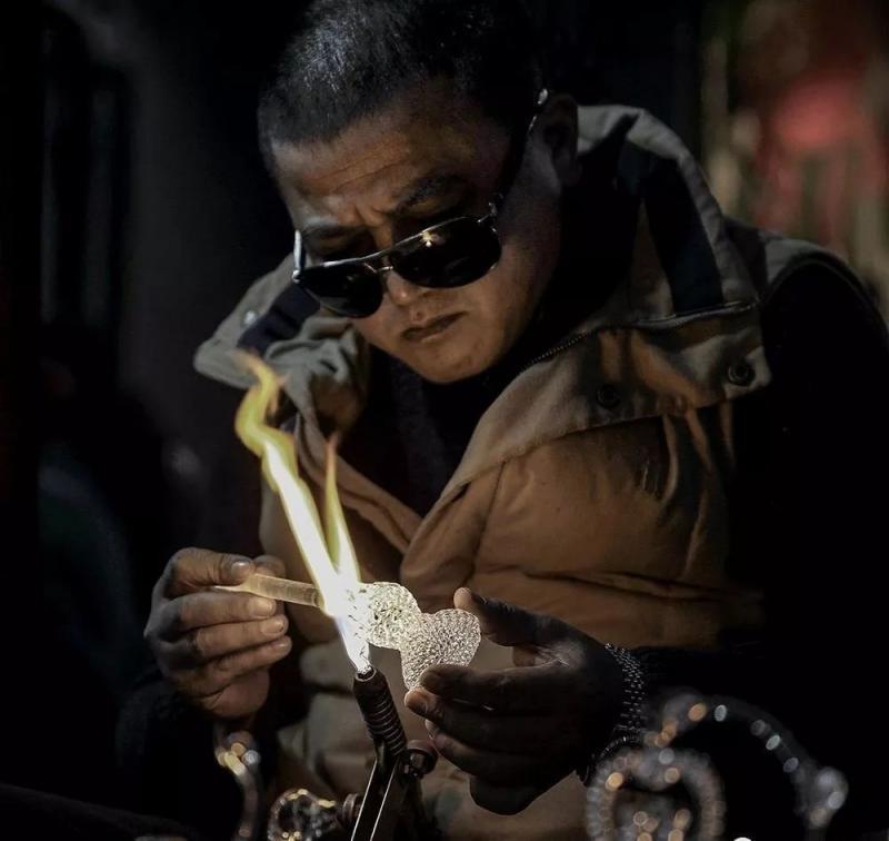 """""""皇城根儿""""的喧器与繁华——杭州河坊街,悠久历史文化的缩影!"""