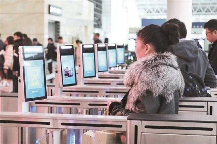 """杭州机场和火车站""""新员工""""上岗!回家更快了!图2"""