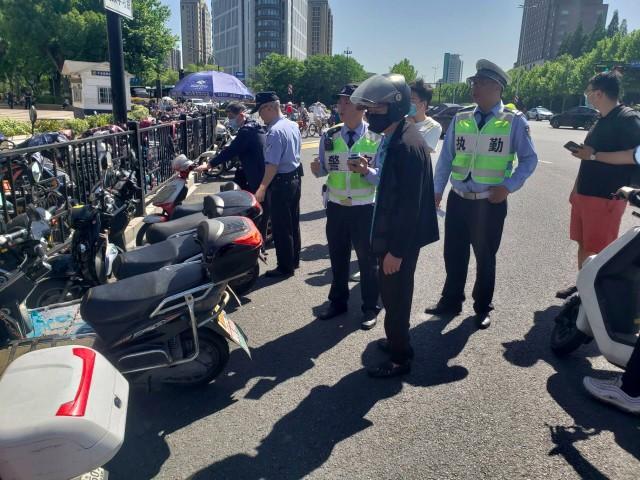 一天近万起,杭州交警正在严查此类违法!