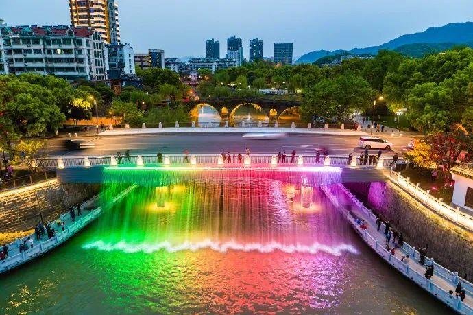 莫奈花园、绵羊牧场、夜景瀑布……杭州又一波网红景点出炉!