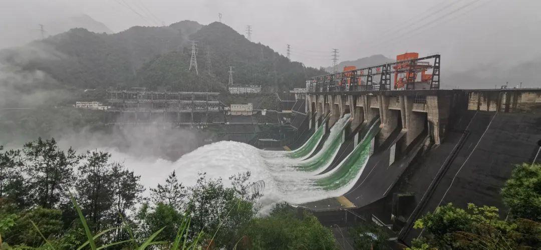 洪水预警发布!杭州防汛I级应急响应!新安江做好9孔泄洪准备!