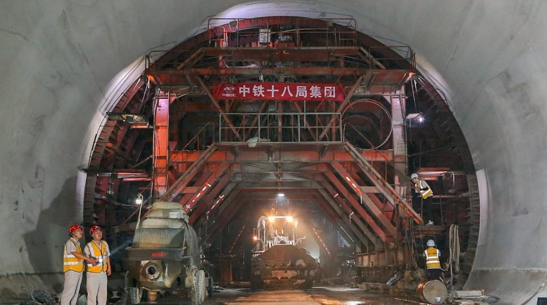 杭绍台高铁新进展!华东地区最长高铁隧道贯通,计划明年建成通车