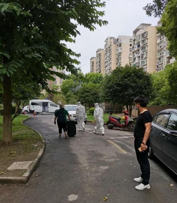 杭州无症状感染病例居住单元紧急封闭