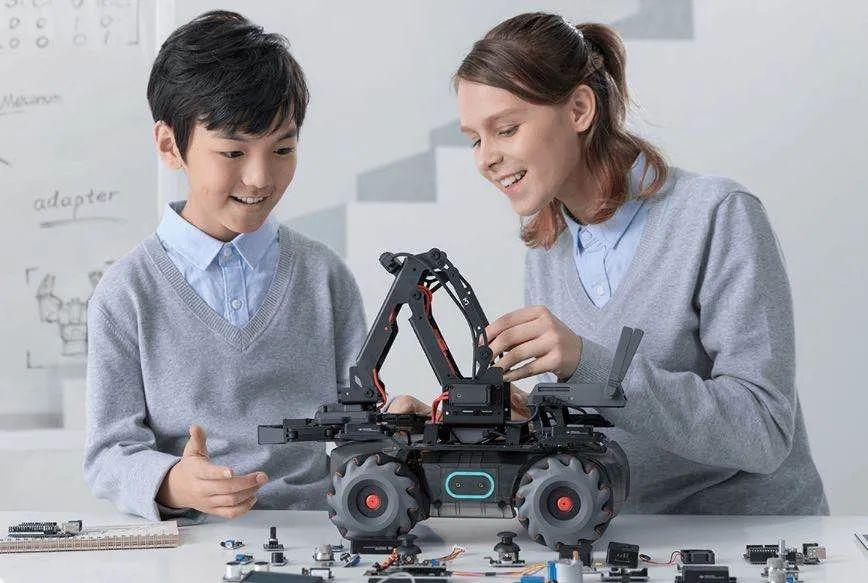 10月16日,第二届中国(杭州)国际智能产品博览会、2020全球人工智能大会即将举行