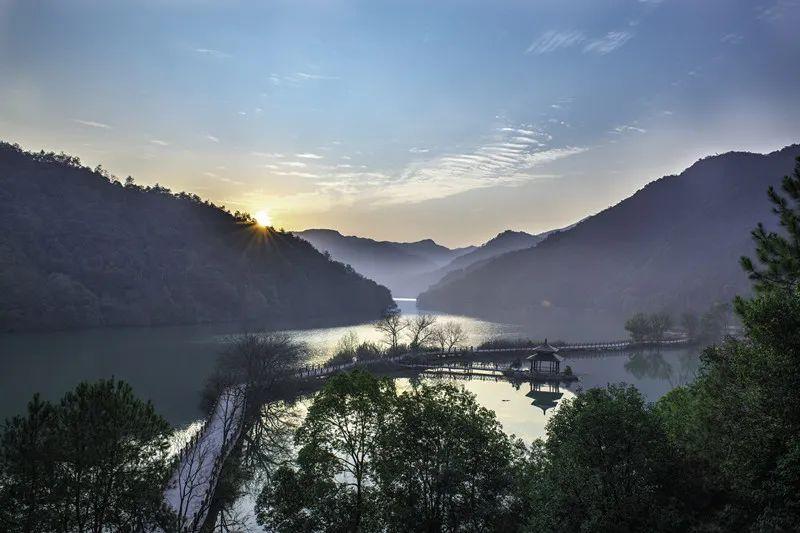 杭州各区高颜值的秋日骑行路线,让你运动赏景两不误!