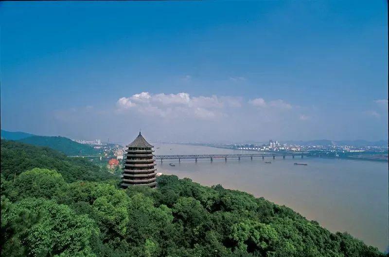 免费看展,游船打折,新春优惠大放送!春节期间杭州哪里便宜又好玩?