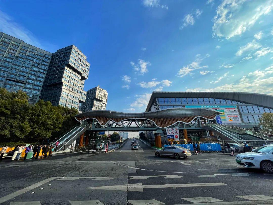 1月28日起,火车东站人车通行有新变化,送客车辆进站时间缩短一半多!