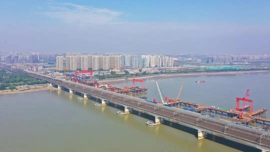 杭州钱塘江新建大桥最快今年6月合龙!未来串联萧山机场、杭州东站、铁路西站!