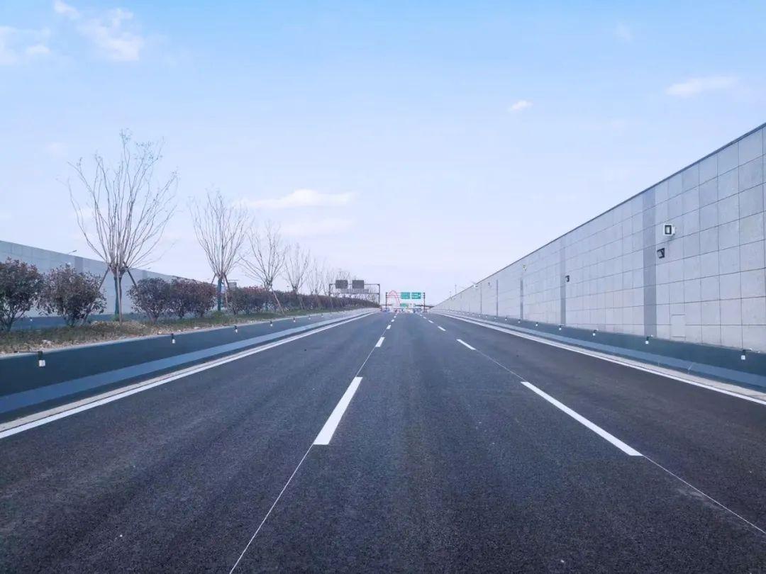 杭州彩虹快速路西延工程预计4月底全线通车!一路横穿之江新城直达富阳!