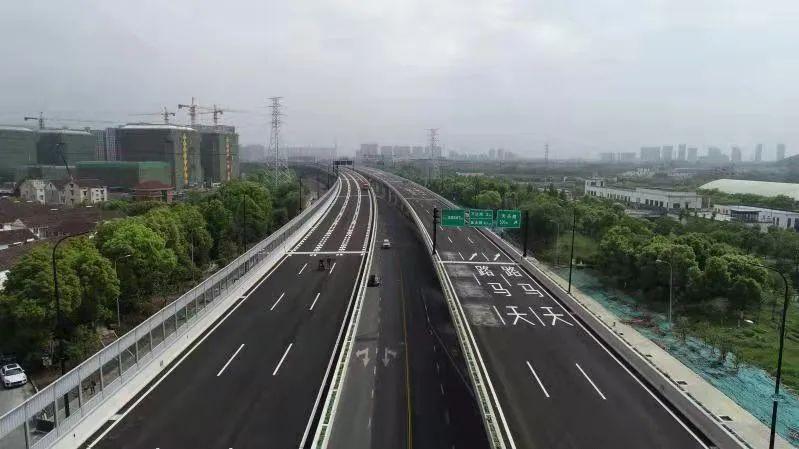 杭州时代高架、彩虹快速路西延之江段的3座隧道开通试运行,出行更便捷啦!图1