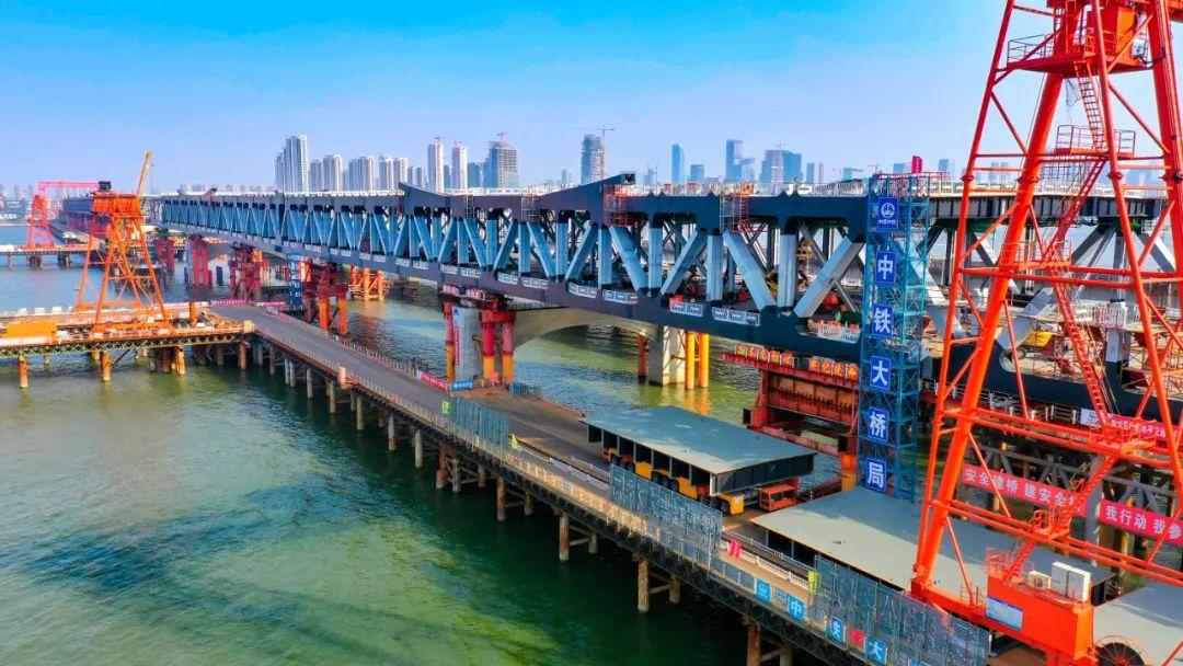 钱塘江新建大桥雄姿初现,预计下月合龙!未来串联萧山机场、铁路西站…图3